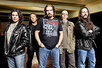 Dream Theater - Drahtseilakt im Traumtheater