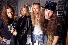 Alice In Chains - Erster Song auf YouTube